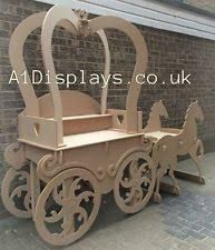 Princess Carriage Sweet Cart Ideal For Weddings - Candy Cart Wood Crafts, Diy And Crafts, Sweet Carts, Princess Carriage, Candy Cart, Flower Cart, Wedding Candy, Candy Table, Wedding Supplies