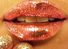 Metallic Rose Gold Lips! Gorgeous :)