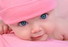 Pink Little baby Girl with Big Eyes. A cute little baby girl is staring up and i , So Cute Baby, Baby Kind, Baby Love, Cute Kids, Cute Babies, Baby Baby, Pretty Baby, Child Baby, Baby Set