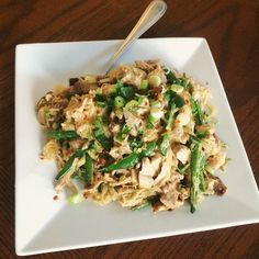 One of the best meals I've ever made. It's a #Whole30 pad Thai from The Clothes Make The Girl with her Sunshine Sauce. #lwmw30