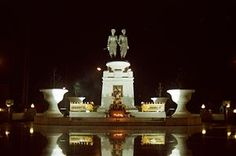 List of women warriors in folklore - Wikipedia, the free encyclopedia: Monument to Thao Thep Kasattri and Thao Sri Sunthon in the Phuket Province, Thailand.