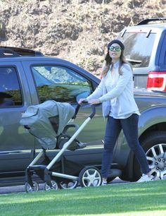 Jessica Biel + Nuna MIXX | Get it here: https://strolleria.com/products/nuna-mixx-stroller-slate-gray