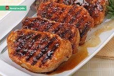 Vepřová krkovička na medu Honey Glazed Pork Chops, Honey Garlic Pork Chops, Grilled Pork Chops, Boneless Pork Chops, Easy Pork Chop Recipes, Pork Recipes, Veggie Recipes, Veggie Food, Tailgating Recipes