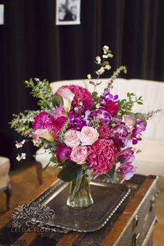 Gardeny pink table arrangement.