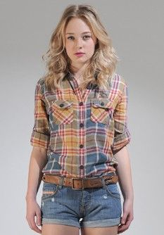 a fitted lumber jack shirt Country Girls, Country Style, Ashley Clothes, Androgynous Men, Pretty Outfits, Cute Outfits, Lumber Jack, Superdry Jackets, Classic White Shirt