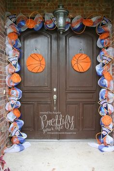 Go Thunder!!!  My OKC Thunder doorscape..