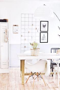 DIY: Mural con valla metálica para tu escritorio