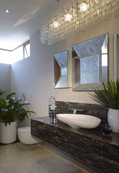 Baño Casa GL (De VICTORIA PLASENCIA INTERIORISMO) Chic Bathrooms, Modern Bathroom, Small Bathroom, Half Bathrooms, Bathroom Renos, Round Mirrors, Sweet Home, House Design, Interior Design