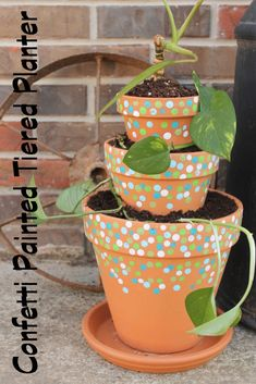 Confetti Tiered Planter - * THE COUNTRY CHIC COTTAGE (DIY, Home Decor, Crafts, Farmhouse)