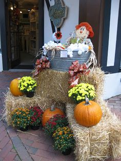 Ramblings of a Southern Girl: Whimsical Fall Displays -- Jubilee Conference, Gatlinburg, TN