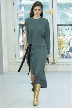 Sfilata Louis Vuitton Parigi - Collezioni Primavera Estate 2017 - Vogue