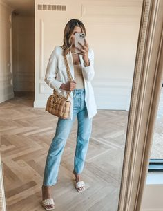 Retro Outfits, Cool Outfits, Casual Outfits, Bodysuit And Jeans, Cella Jane, Spring Blouses, Jeans With Heels, Long Blazer, Night Outfits