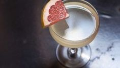 This sounds perfect for a spring day: Pamplemousse (Grapefruit) Gin Sour Cocktail