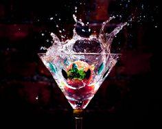 Cocktail Splash Wallpaper
