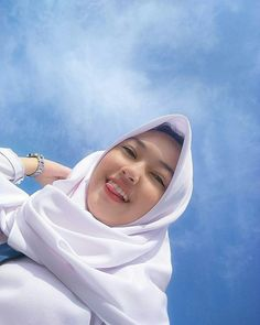 hijab Hijabi Girl, Girl Hijab, Sweet Girls, Cute Girls, Indonesian Girls, Beautiful Hijab, Foto E Video, Like4like, Instagram