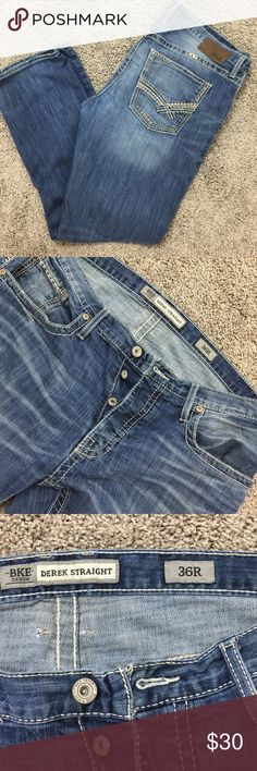 BKE Derek Straight 36R worn by my son and still have lots of love❤️. Have pen stain on right front pocket. May come out. Price reflects pen mark. No other stains, no holes or tears that were t there when bought!💞 BKE Derek Jeans