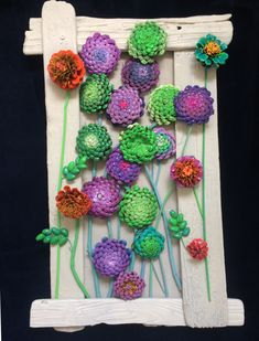 Pine Cone Art, Pine Cone Crafts, Pine Cones, Crafts To Make, Arts And Crafts, Diy Crafts, Recycled Crafts, Wood Crafts, Pine Cone Flower Wreath