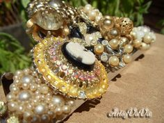 Artsy VaVa: Add Bling To A Simple Thing