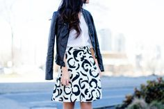 Von Vogue: Monochrome Printed Skirt   A Vancouver Personal Style Blog by Claire Liu #ootd #vancouver #fashionblogger