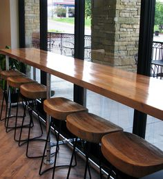 New breakfast bar table coffee shop 59 ideas Coffee Shop Interior Design, Coffee Shop Design, Cafe Design, Cafe Bar, Wood Tile Kitchen, Breakfast Bar Table, Kitchen Bar Design, Coffee Shop Bar, Window Bars