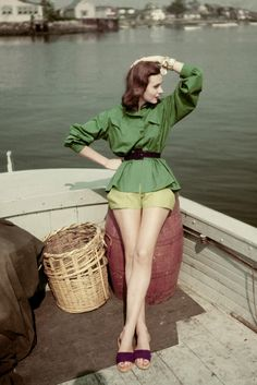 vintage everyday: Fabulous Fashion Photographs from Vogue Taken by Clifford Coffin from Between the 1940s and 1950s