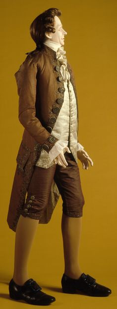 Mr Milcote full ruffed collar/ scarf for wrapping Mellissas baby. Man's Ensemble (Coat, Breeches) France, last quarter of century Costumes Silk, silver thread, sequins 18th Century Clothing, 18th Century Fashion, Mode Masculine, Historical Costume, Historical Clothing, Era Georgiana, Champs Sur Marne, Luis Xvi, 18th Century Costume