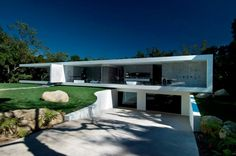 Glass Pavilion Designed by Steve Hermann in Montecito, California