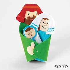 Oriental Trading - Holy Family Craft Kit - $6/12 - cute felt nativity scene