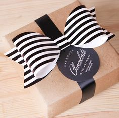 5 x Black Stripe bows / Medium / wedding decoration / party decoration / scrapbook embellishment / invitation embellishment / paper ribbons by Twomysterybox on Etsy https://www.etsy.com/listing/230804213/5-x-black-stripe-bows-medium-wedding