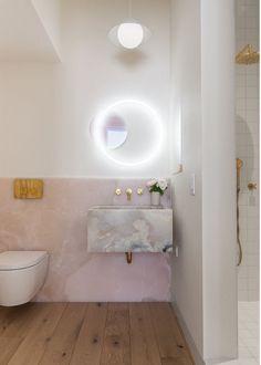 Pink Marble Ideas Pretty Enough to Make You Blush – Marble Bathroom Dreams Onyx Countertops, Geode Decor, Design Rustique, Decoracion Vintage Chic, Cute Dorm Rooms, Interior Decorating, Interior Design, Decorating Bathrooms, Pink Marble