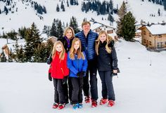 Newmyroyals:  Dutch Royal Family photoshoot in Lech, Austria, February 27, 2017-Princesses Ariane, Alexia, and Amalia with Queen Maxima and King Willem-Alexander