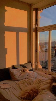 Orange Aesthetic, City Aesthetic, Aesthetic Bedroom, Aesthetic Pastel Wallpaper, Aesthetic Backgrounds, Aesthetic Wallpapers, Dream Rooms, Aesthetic Pictures, Wall Collage