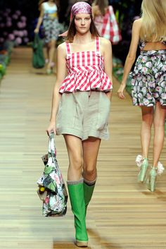 D&G Spring 2011 Ready-to-Wear - Collection - Gallery - Style.com