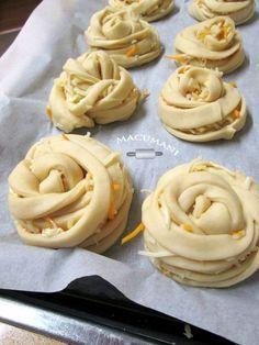 Bread Art, Pan Bread, Empanada, Tapas, Bread Shaping, Braided Bread, Pan Dulce, Bakery Recipes, Savoury Dishes