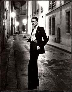 Le Smoking. YSL. French Vogue. Helmut Newton. 1975 Paris