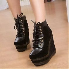 Fashionable PU Chalaza Lacing Black Round Closed Toe Wedges Super High Heel Boots