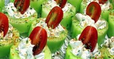 Cucumber Bites with Herb Cream Cheese and Cherry Tomatoes - 52 Church PotLuck Appetizers; also try substituting hummus and a black olive for herb cream cheese and tomato as a variation Potluck Appetizers, Appetizer Recipes, Cucumber Appetizers, Potluck Dishes, Cheese Appetizers, Cheese Snacks, Cheese Food, Dinner Recipes, Healthy Snacks