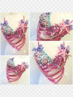 pink mermaid bra by Euphorictreasures. Bedazzled Bra, Mermaid Parade, Mermaid Bra, Pride Parade, Rave Wear, Halloween Costumes, Halloween Stuff, Belly Dance, Dress Me Up