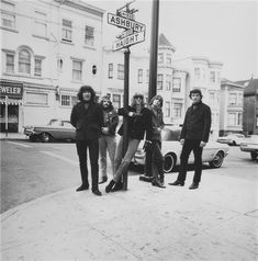 grateful dead, summer of love at the corner of haight/ashbury