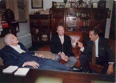 Hatuey De Camps con el presidente Joaquin Balaguer.