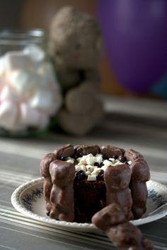 Gourmandises Chroniques: Du gâteau d'anniversaire au chocolat qui faisait un effet ours !