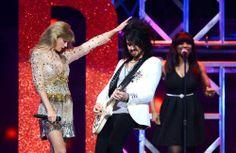 Taylor's iHeart Radio Performance
