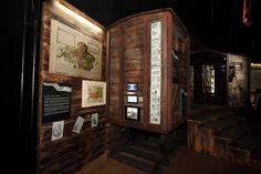 A Magyar Nemzeti Múzeum országjáró gömbsátra | Antik Porta - Luxus & Régiségek