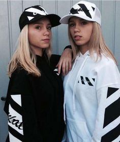 Lisa und Lena (13) | Deutsche Zwillinge knacken Instagram-Million ...