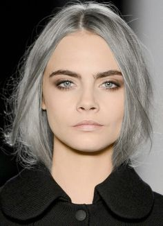 If only I had the guts (and the time &money) to go this light! #grayhair