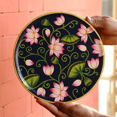 Peacock Painting, Dot Art Painting, Acrylic Painting Canvas, Fabric Painting, Pichwai Paintings, Indian Art Paintings, Madhubani Art, Madhubani Painting, Phad Painting