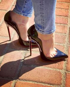 Women's Fashion heels – Everything About Women's Heels Hot Heels, Sexy High Heels, High Heels Stiletto, Beautiful High Heels, Lace Up Heels, Womens High Heels, Pumps Heels, Louboutin High Heels, Women's Stilettos