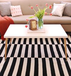Raise your hand if you're ready for a super easy coffee table DIY! This honestly took me 45 minutes including drying time, it was amazing. And the white table totally brightens up my living room (remember I had this coffee table before?). I've been changing up some of my living room decor and my previous …