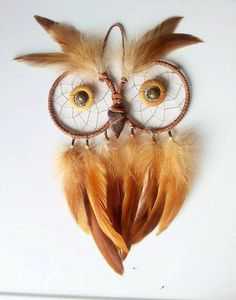 Creating this cute owl dream catcher isn't a tough task. Experiment with different kinds of feathers to add variation to your collection. You can place different owl dream catchers side by side on the walls.