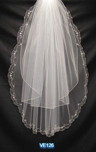 sparkly stones, embroidery, ribbon, pearl and rhinestone crystals which creates a glittering effect during the walk of the bride in the aisle.